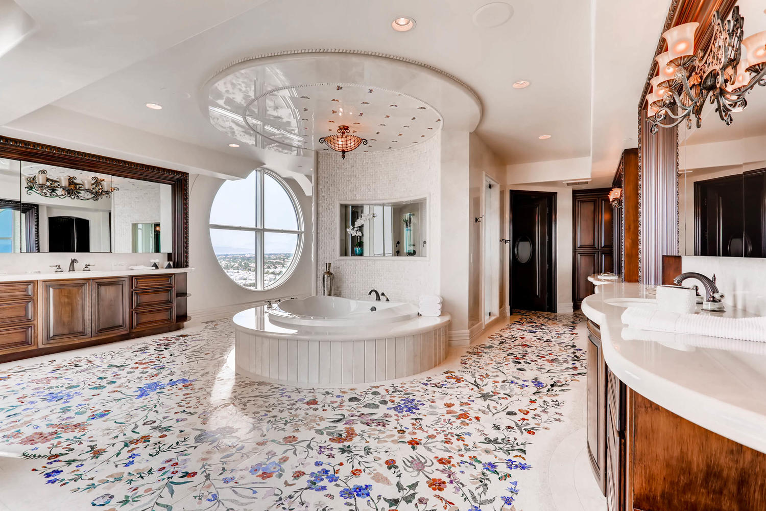 9101-alta-1802-las-vegas-nv-large-018-20-master-bathroom-1500×1000-72dpi