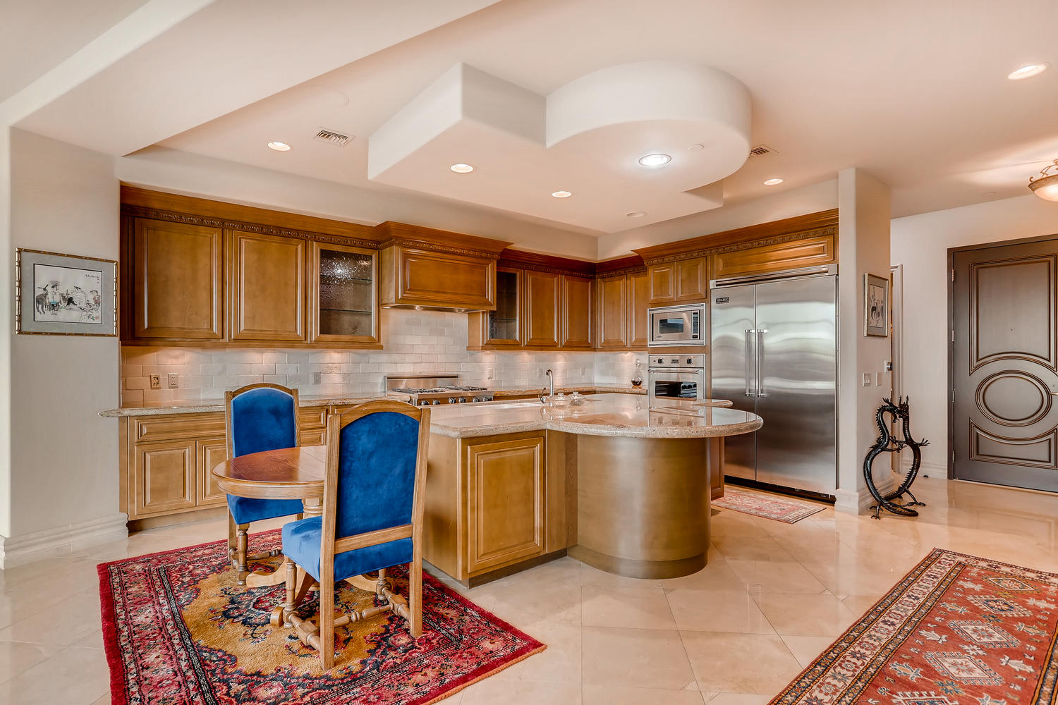 9101-alta-16-las-vegas-nv-large-003-8-kitchen-1500×1000-72dpi