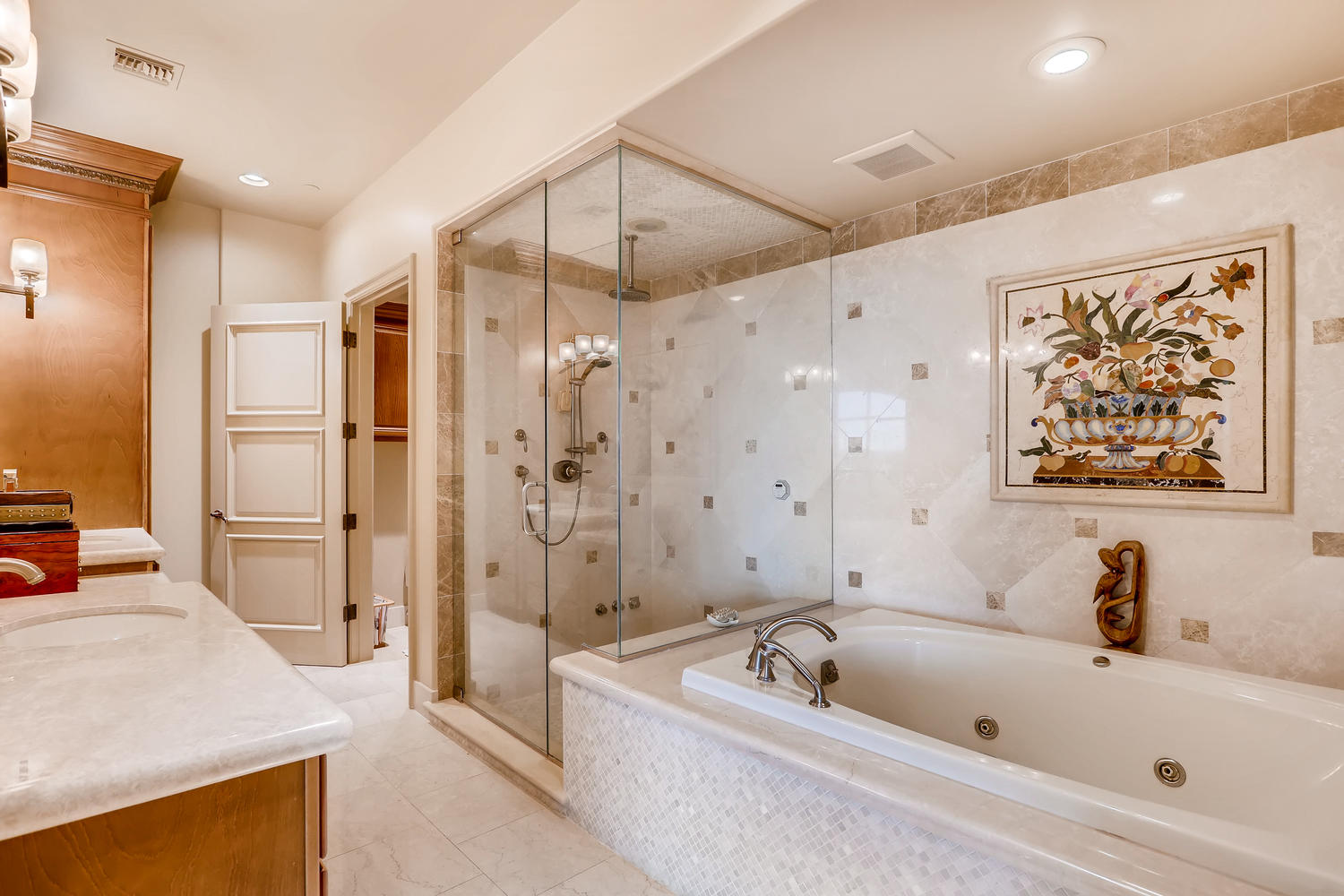 9101-alta-16-las-vegas-nv-large-007-11-master-bathroom-1500×1000-72dpi
