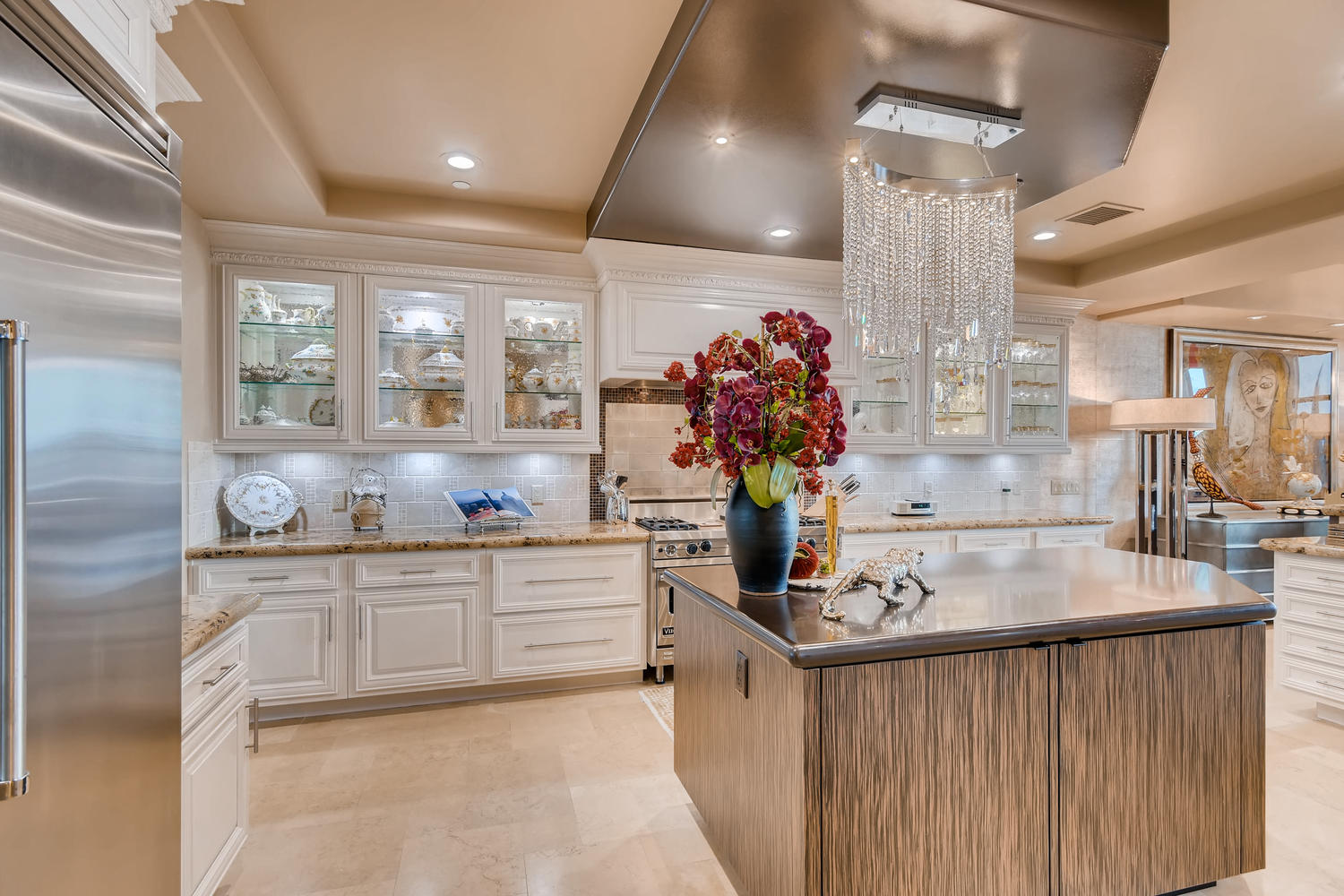 9101-alta-304-las-vegas-nv-large-013-8-kitchen-1500×1000-72dpi