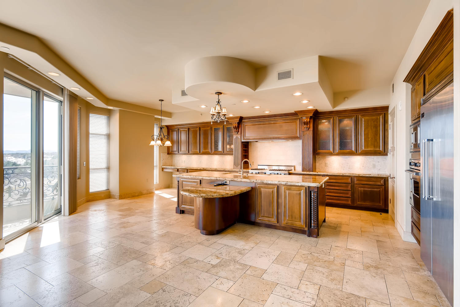 9101-alta-403-las-vegas-nv-large-004-5-kitchen-1500×1000-72dpi