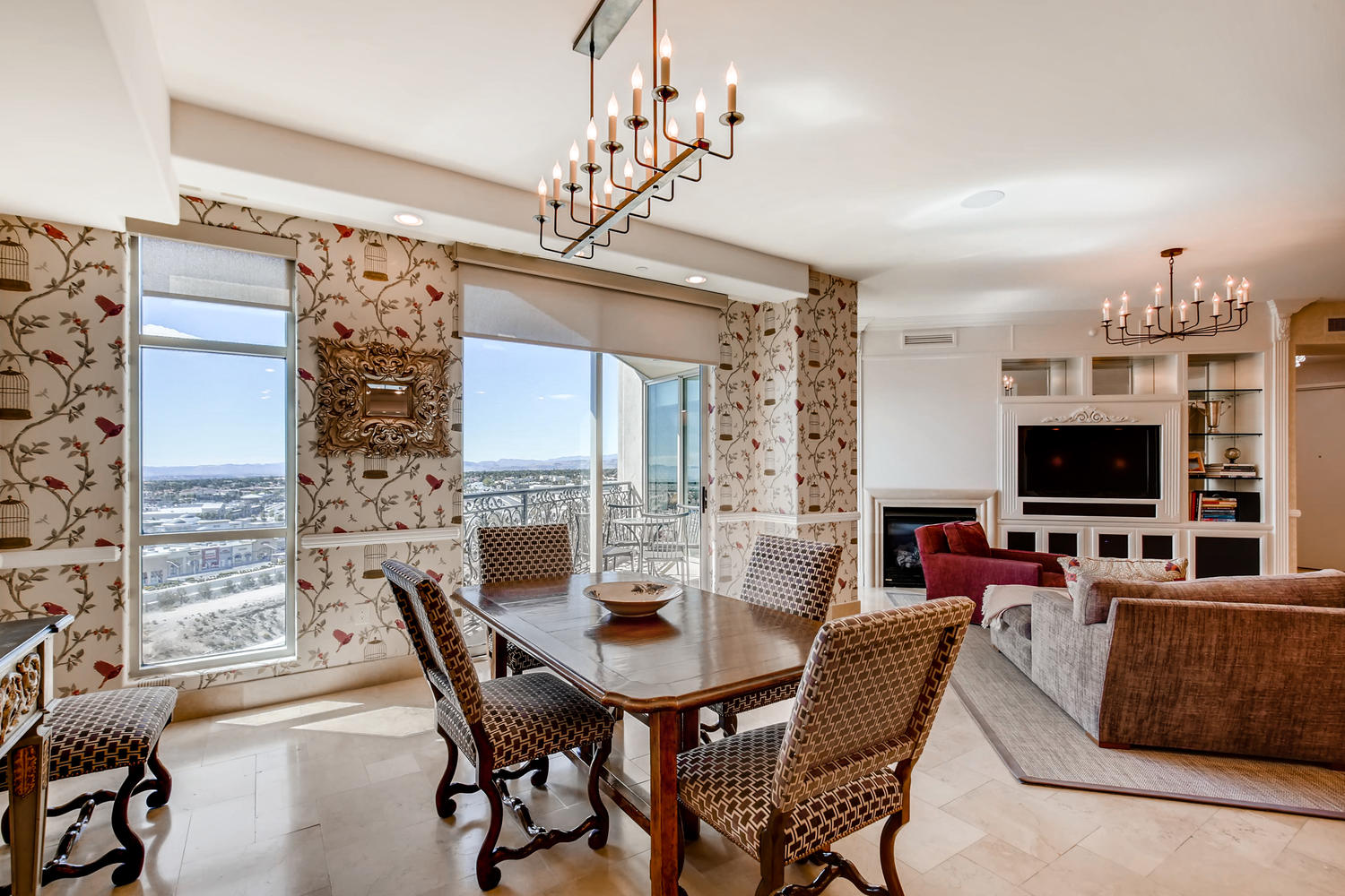 9101-alta-unit-904-las-vegas-large-005-15-dining-room-1500×1000-72dpi
